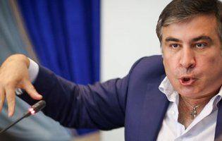 Повернення за Facebook: Саакашвілі віддає свої групи у соцмережах Зеленському