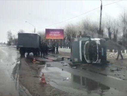 У Житомирі перекинувся «автозак» із арештантами (фото)