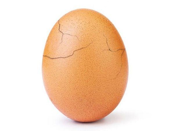 Почало руйнуватися найпопулярніше яйце у світі (фото)