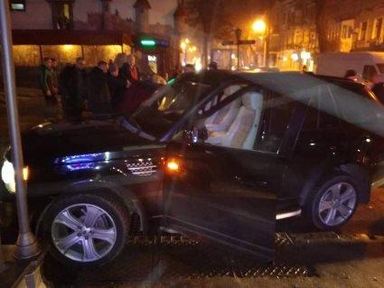 В Одесі позашляховик кандидата в президенти протаранив «Жигулі» із військовими