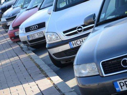 Транспортний ажіотаж: закінчується пільговий період розмитнення «євроблях» (відео)