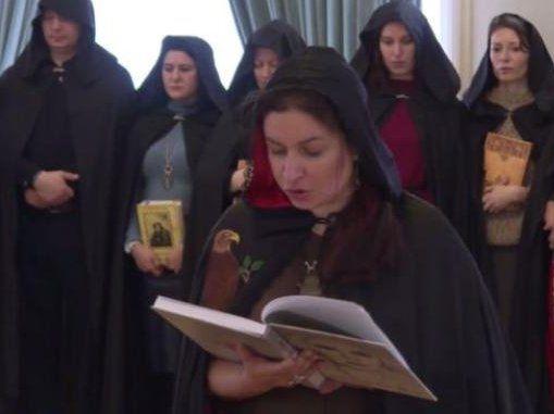 Духовні «скрєпи»: Путіну допомагають відьми (відео)