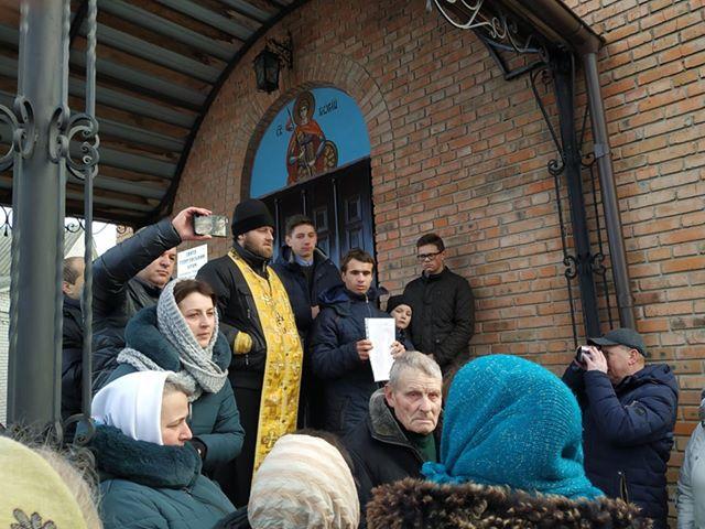 В Кульчині  місцева громада проголосувала за перехід до ПЦУ 1