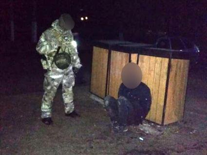 На Волині затримали злодіїв, котрі розпиляли і обікрали банкомат (відео, фото)