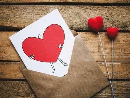 Що подарувати на 14 лютого дівчині: 9 безпрограшних ідей