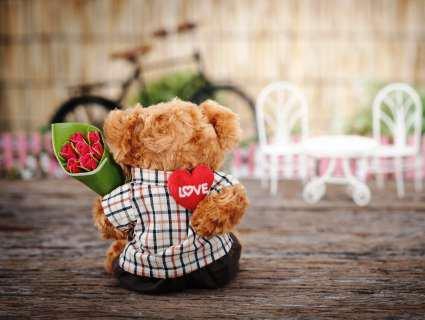 Що подарувати хлопцю на День Закоханих: 9 оригінальних ідей