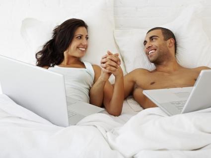 Десятки тисяч доларів – за романтичні стосунки в інтернеті