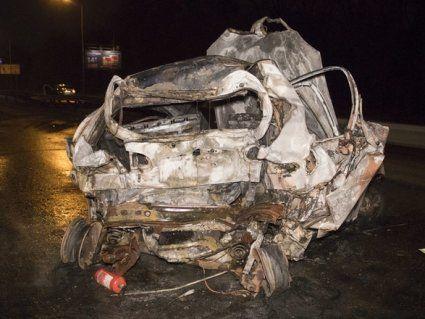 В Києві жінка згоріла заживо в авто (фото, відео)