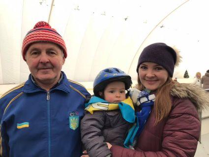 Наймолодший ковзаняр України – півторарічний малюк (фото)