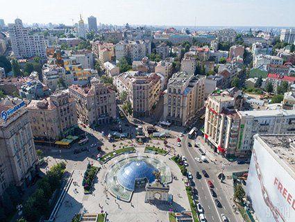 Жителів Києва стає більше: звідки їдуть