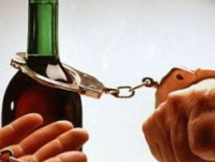 Шість ознак алкогольної залежності