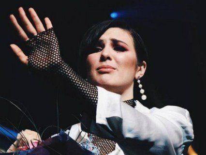 Maruv записала звернення до шанувальників: «Тепер в мене купа часу»