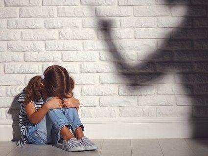 Вихователька роздряпала руку чотирирічному хлопчику (фото)