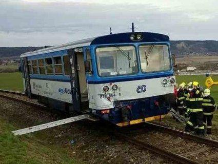 У Чехії зіштовхнулися пасажирський і вантажний потяги (фото)