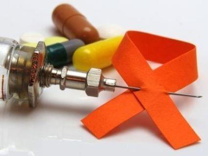 В Україні зросла кількість ВІЛ-позитивних людей, які отримують безкоштовне лікування