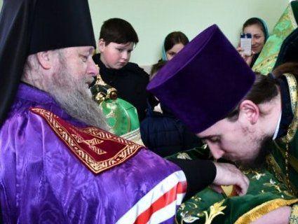 У селі на Волині відкрили та освятили церкву Московського патріархату (фото)