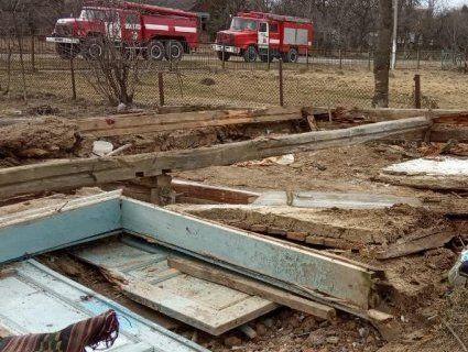 Через обвал стіни на Львівщині загинув чоловік