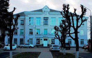 На 75-літній ювілей школи до Луцька приїхала випускниця-народний депутат
