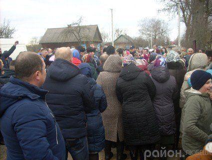Сварки та сутички: як на Любешівщині домовлялися про перехід у ПЦУ