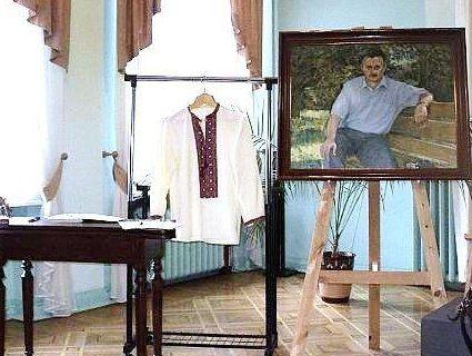 У Луцьку презентували посмертну книгу волинського письменника (фото)