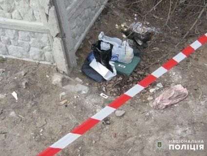 Викинула в коробці з-під туфель: на Луганщині шукають породіллю-вбивцю