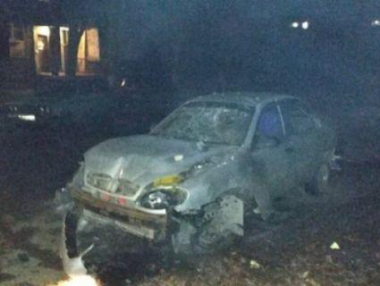 В окупованому Луганську бомбануло: вибухівку заклали під авто (фото)