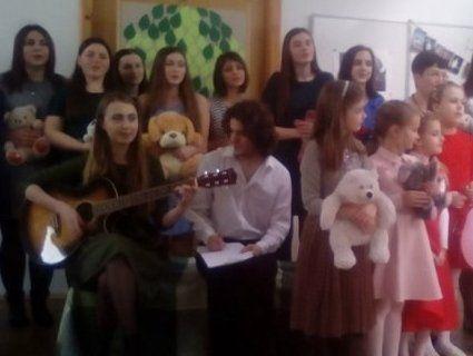 У Луцьку відзначили день народження Ліни Костенко (фото, відео)