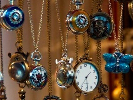 Вчені пояснили, чому людям з віком час «прискорюється»