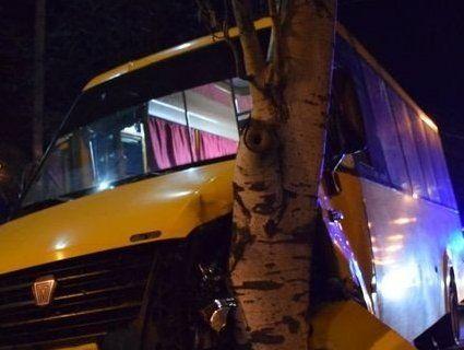 Водій маршрутки втратив свідомість за кермом: є постраждалі