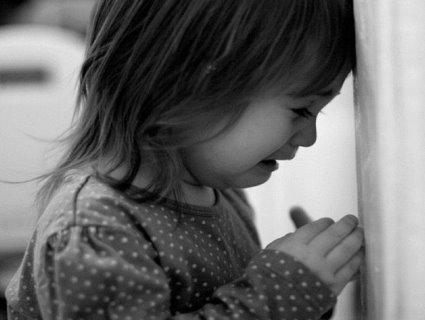 Мережу збурило відео жорстокого поводження з дітьми у садку під Києвом