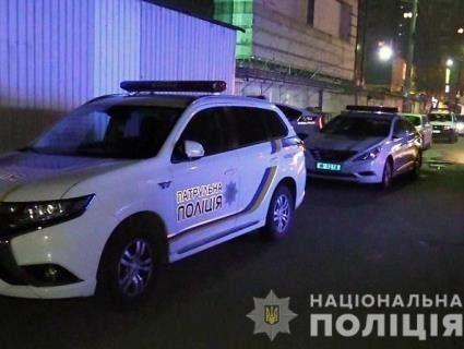У Києві колишній зек  вдарив свою дружину ножем у спину: жінка померла (фото, відео)