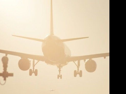 Трішки помилилися: літак із пасажирами приземлився у Шотландії замість Німеччини