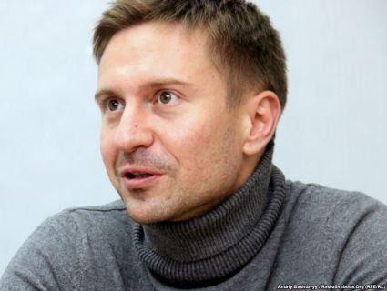 Кандидат у Президенти застерігає українців від «колективного суїциду» на виборах