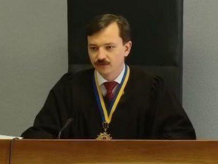 Судді, який засудив Януковича, погрожують