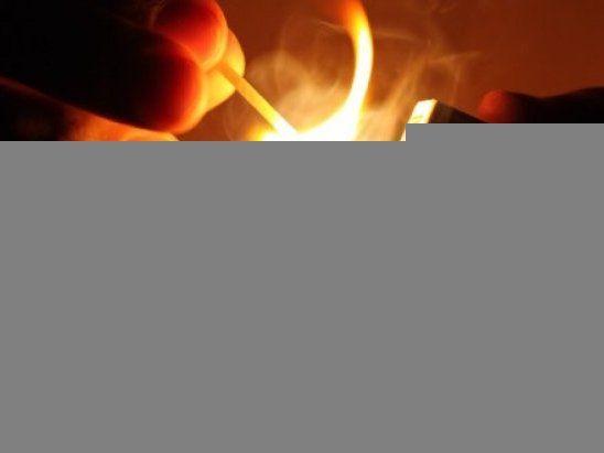 У Києві чоловік підпалив квартиру: троє дітей у лікарні