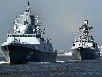 Російські кораблі в Чорному морі супроводжують кораблі НАТО