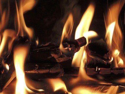 За 500 гривень — у вогонь: молодик живцем підпалив пенсіонерку