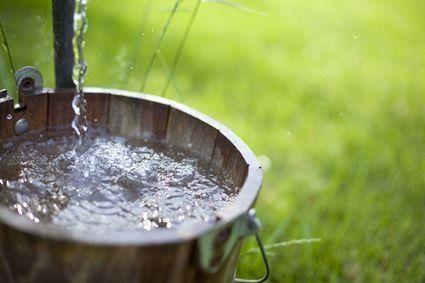 2 квітня: сьогодні вода, взята з колодязя, лікує від багатьох хвороб