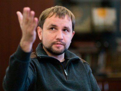 «3Еванш»: В'ятрович переконаний, що Зеленський «здасть культуру, мову та історію»