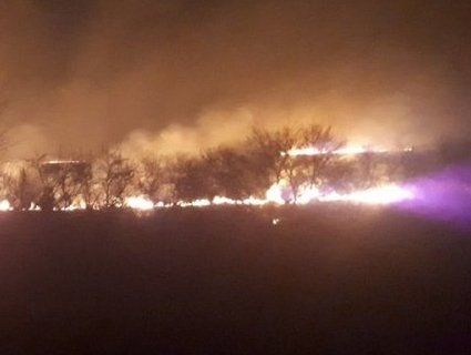 Небезпека: через спалювання сухостою мало не згоріло село