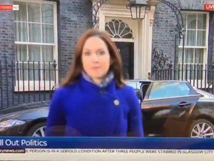 «Зникла з кадру»: із репортеркою стався курйоз у прямому ефірі