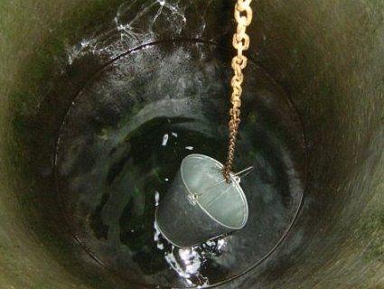 Однорічна дитина отруїлася водою з колодязя