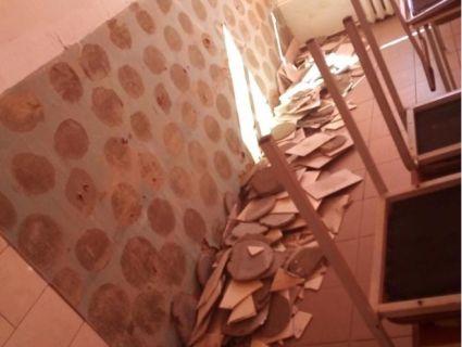 На Київщині школяра засипало керамічною плиткою (фото)
