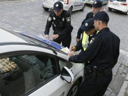 10 випадків, коли поліція може зупинити ваше авто