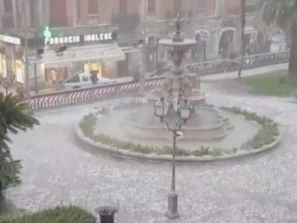 Зима весною: в Італії випав метр снігу