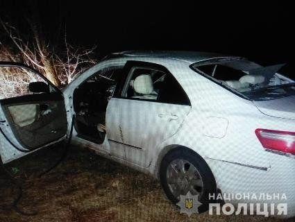 На Київщині в салоні авто водій сам себе підірвав  гранатою (фото)