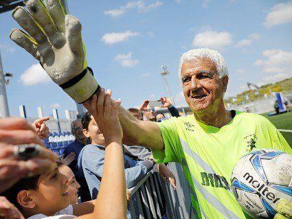 73-річний воротар «Іроні Йегуда» став найстаршим гравцем в історії футболу