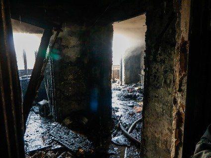 У Києві два пенсіонера-алкаша влаштували пожежу в квартирі(відео)