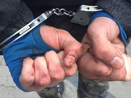 У Луцьку вкрали ноутбук, побили заради грошей та погрожували пістолетом  (фото)