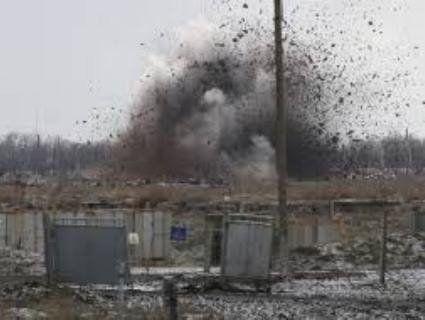 У «сірій зоні» Донбасу підірвалася група піротехніків. Є загиблі